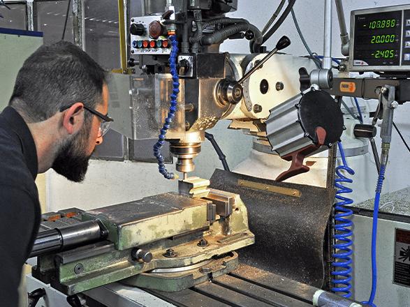ingenieria de precisión moldes extrusión